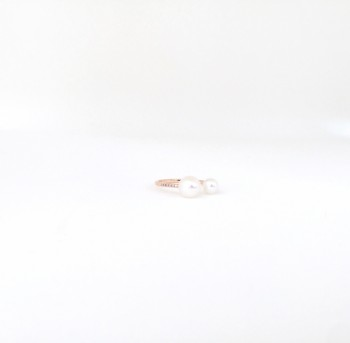 Pearl diamond cuff ring