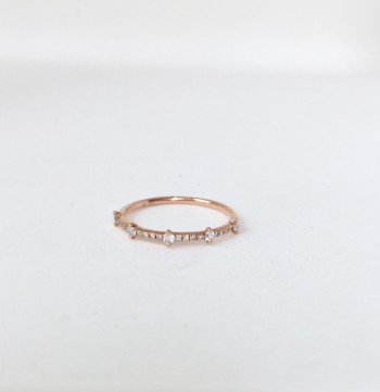 14k gold stationed diamond stack ring